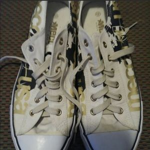 Mecca Low--Top Sneakers